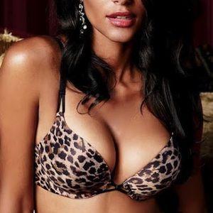 Victoria's Secret Miraculous Plunge Bra